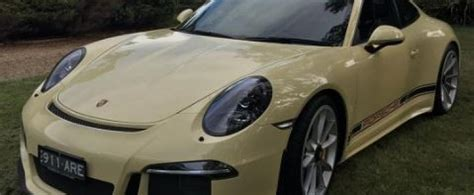 Paint To Sample Ivory Porsche 911 R Loses Stripes, Looks