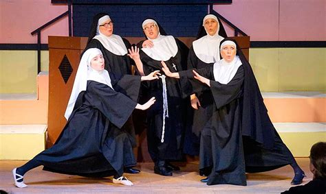 Valley Center Stage restores faith in comedy through