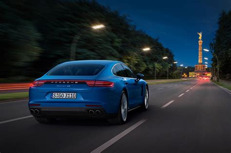 2017 Porsche Panamera Reviews and Rating   MotorTrend