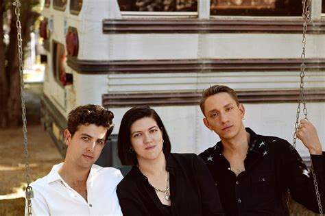 THE xx · Handsome Tours