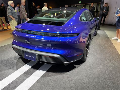 Frozen Blue and Gentian Blue Taycan 4S (From LA Auto Show