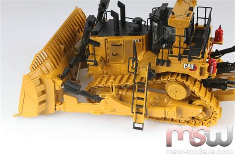 Cat D11 Fusion Track Type Tractor Diecast Masters